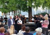 2011-08-28_Lyrik-unterm-Ginkgobaum-11